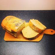 Pane di Kamut integrale al rosmarino e semi di papavero