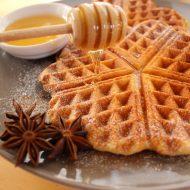 Waffle aromatizzati alla cannella
