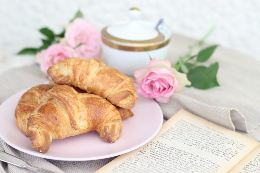 Croissant sfogliati con rose