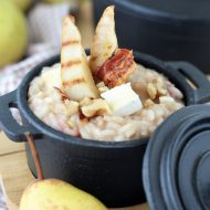Pear, walnuts and Brie risotto
