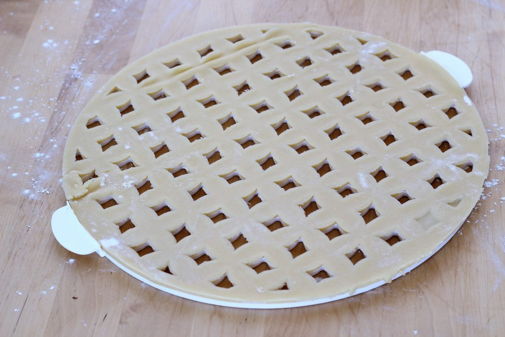Shortcrust pastry - griddle mould