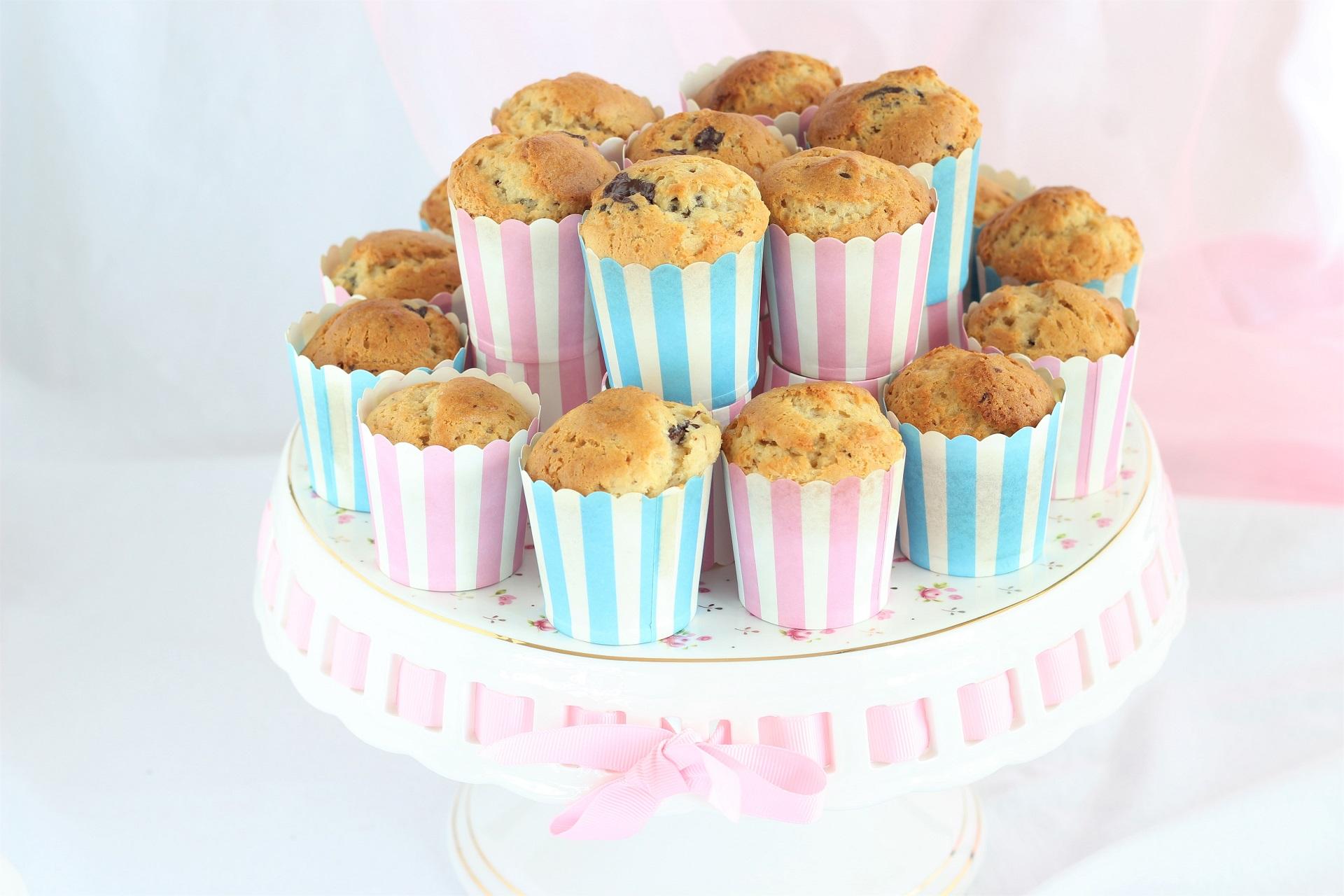 Muffin al burro di arachidi, banana e cioccolato
