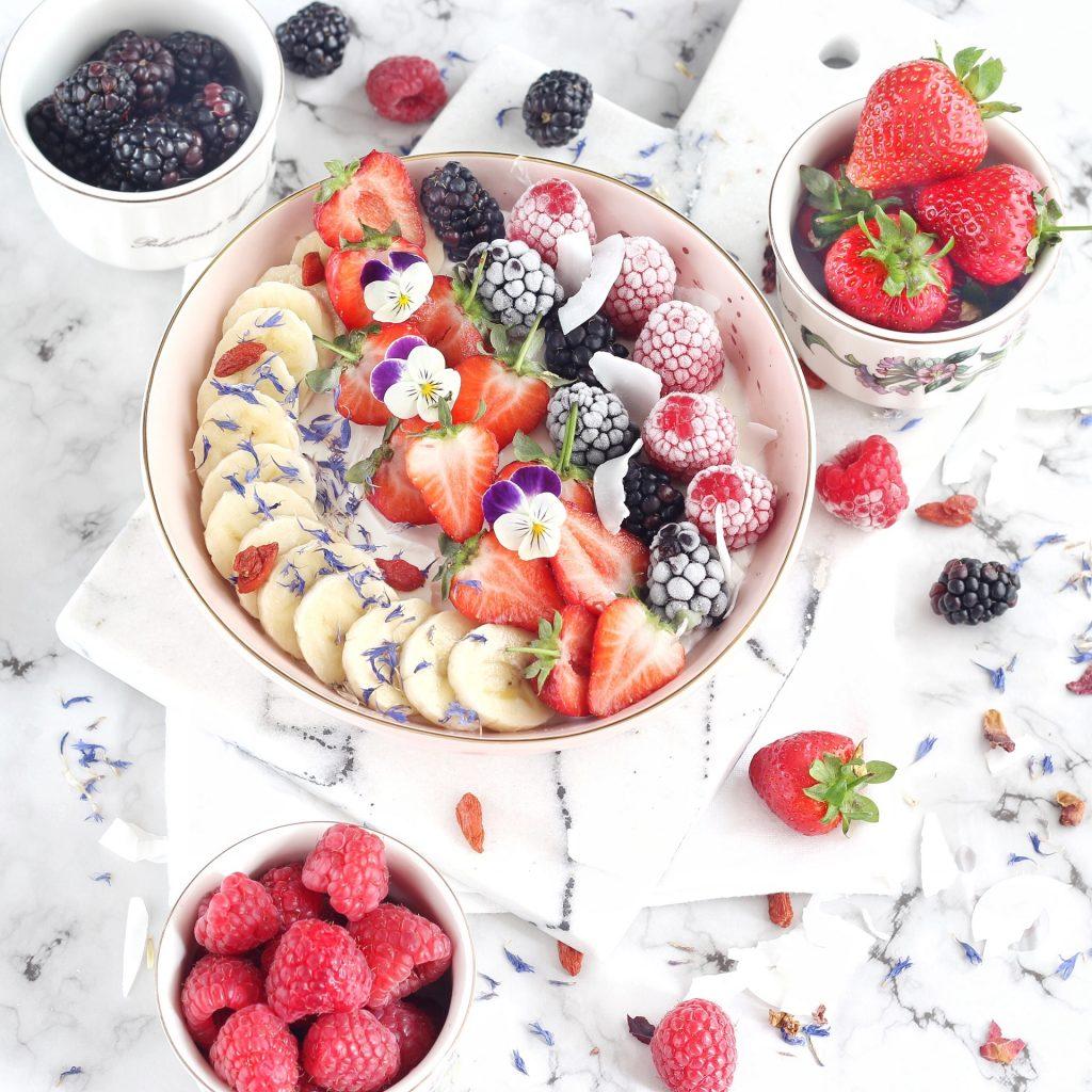Breakfast bowl con frutta