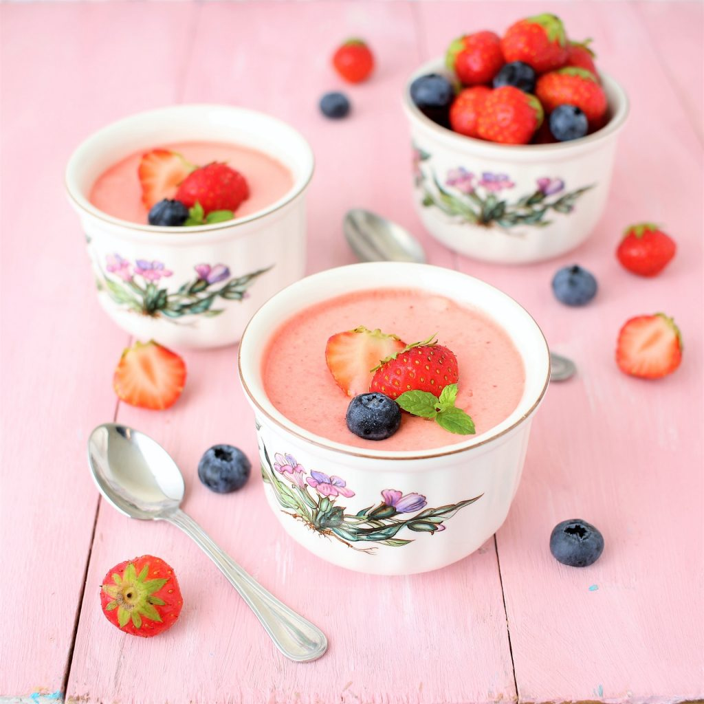 Strawberry mousse and mixed berries