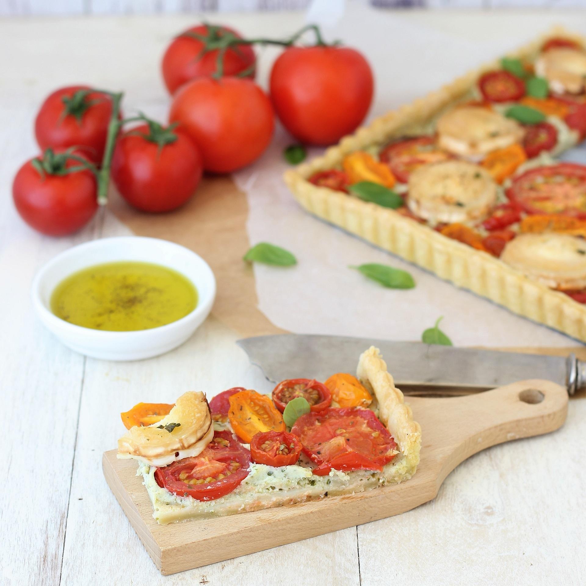 Torta salata con pomodori e ricotta