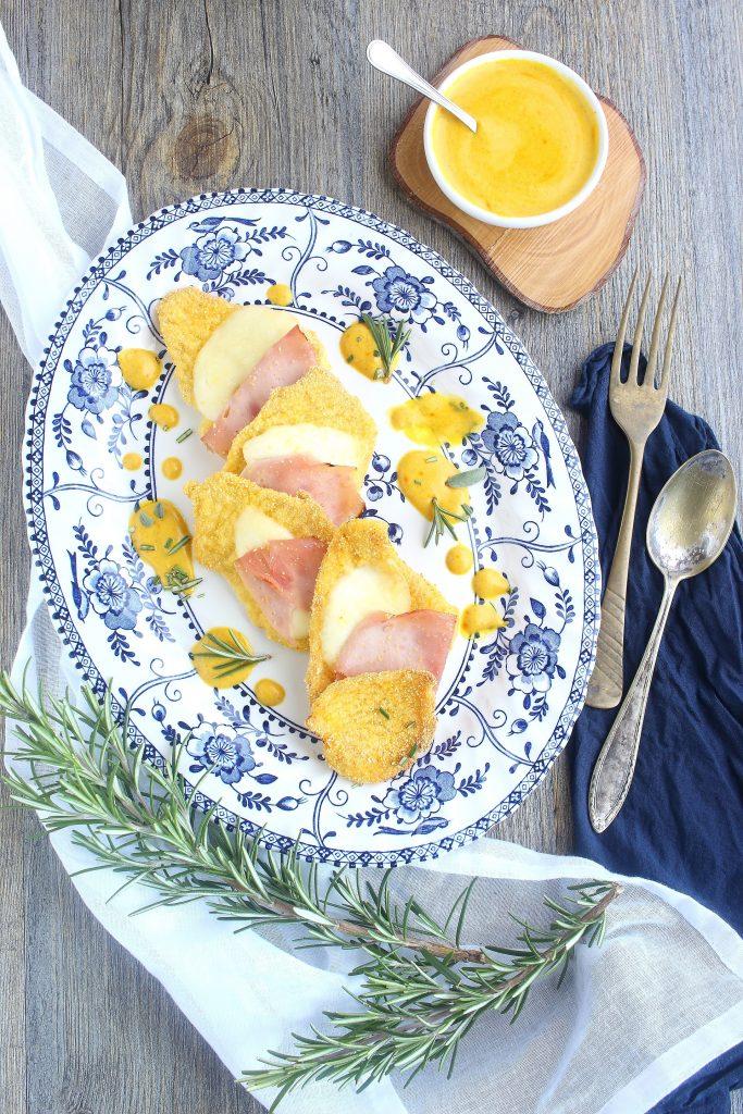 Scaloppine con prosciutto e formaggio impanate