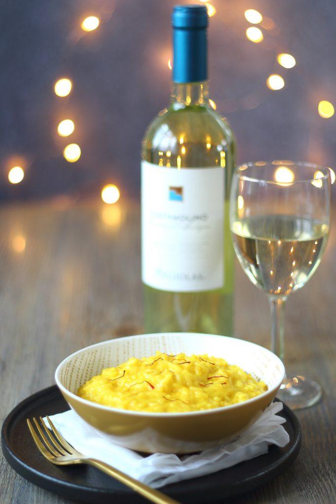 Risotto alla milanese - con calice di vino