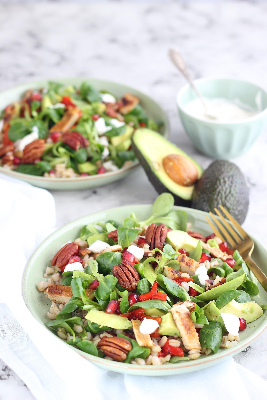 Sweet pepper, avocado and marinated turkey salad
