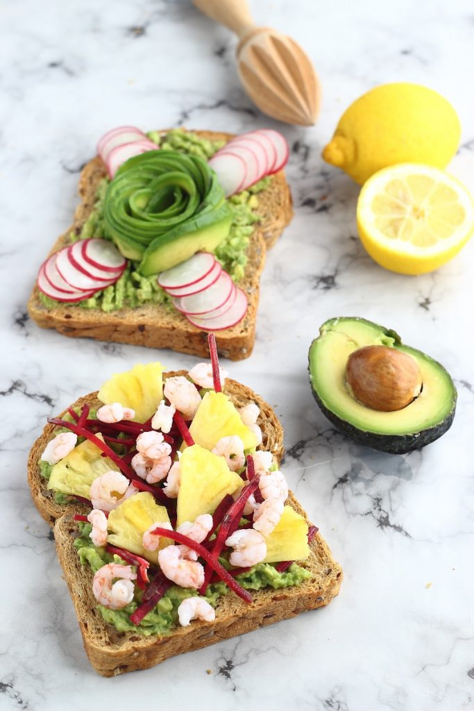 Avocado toast with prawns, pineapple and radishes