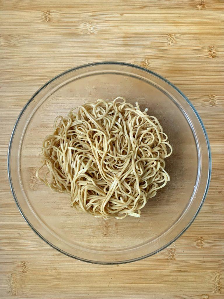 Procedimento - Noodles bolliti e scolati