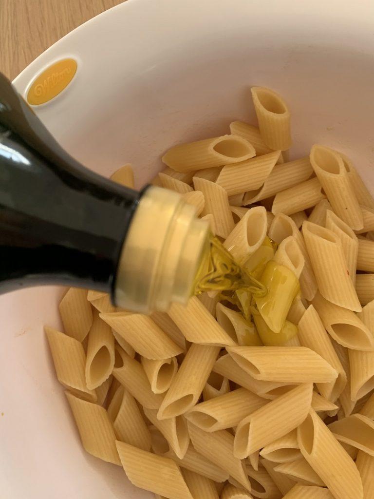 Procedimento - pasta con olio extra vergine di oliva