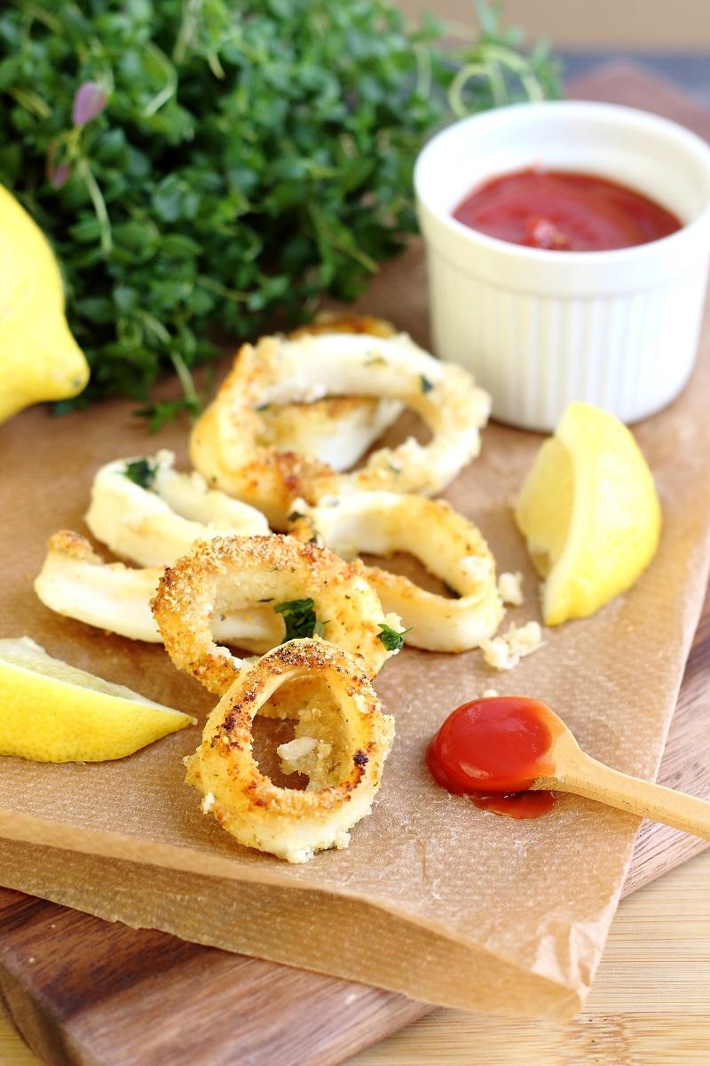 Calamari gratinati al forno light con trito aromatico