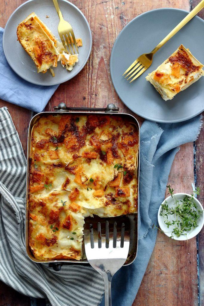 Lasagne con ricotta, patate dolci e Brie - flatlay
