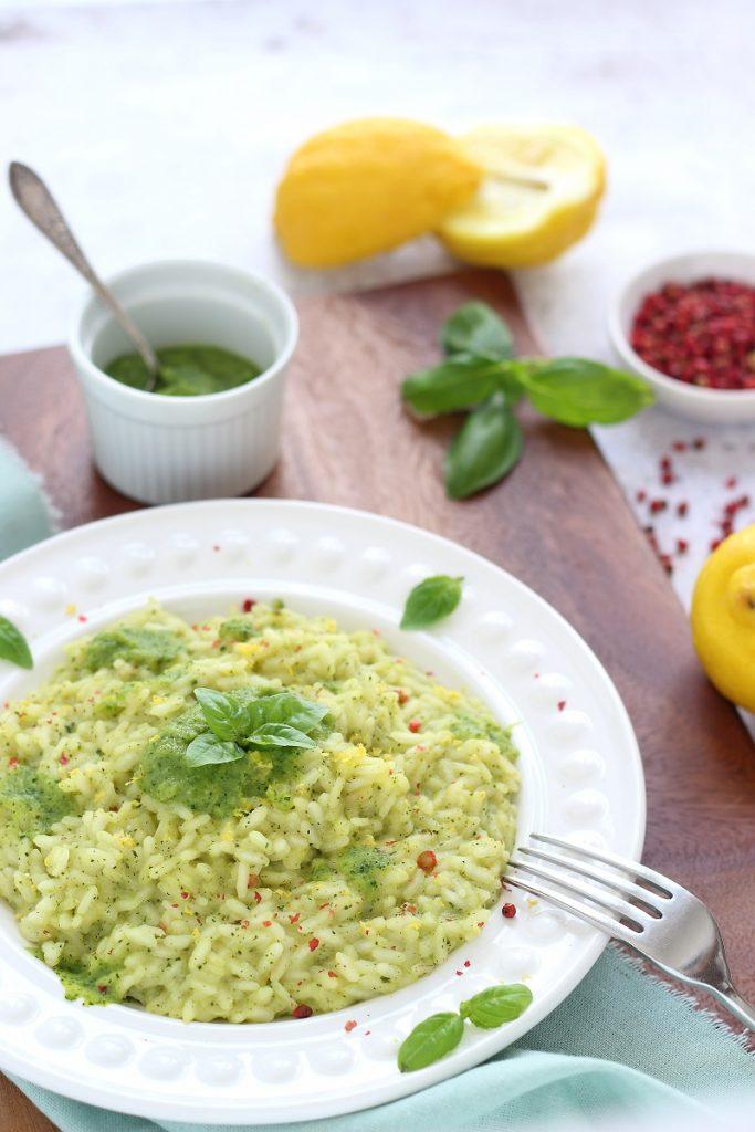 Risotto alla crema di zucchine e scroza di limone