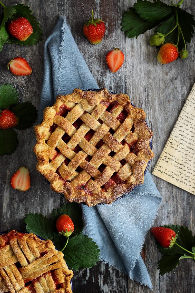 Strawberry lattice pie - flatlay