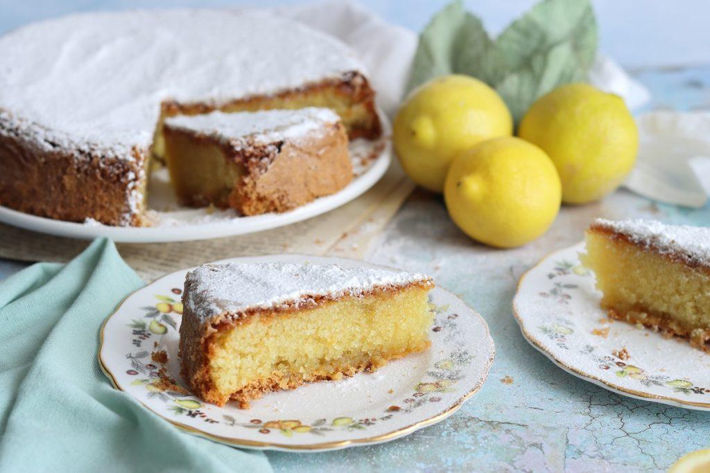 Torta caprese di Sal de riso al limone - close up