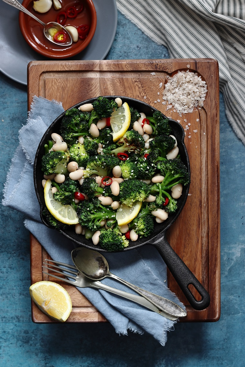 Broccoli e fagioli in padella