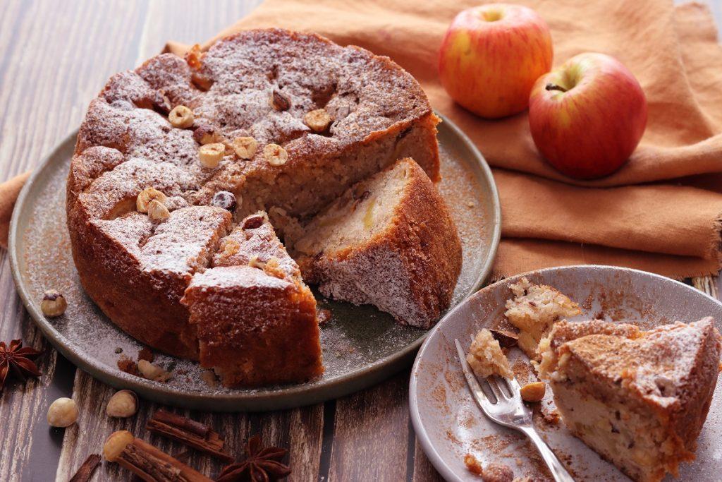 Torta mele e nocciole - header