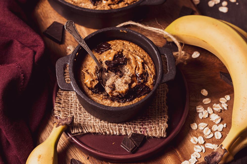 Baked oats banana, cioccolato e burro di arachidi - header